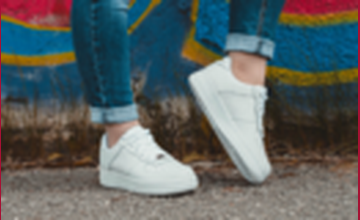 Witte sneakers vanaf € 19,90 bij Sarenza